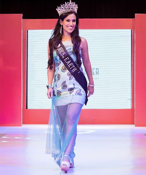 Popular Fashion Model and Mrs Earth walking the ramp in a design from Lavender, The Boutique