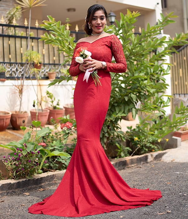 Fish Cut Mermaid Style Wedding Gown in Red Colour